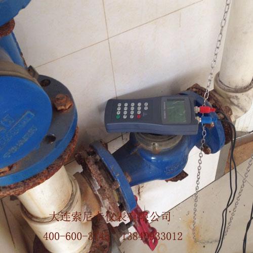 手持式超声波流量计测量现场