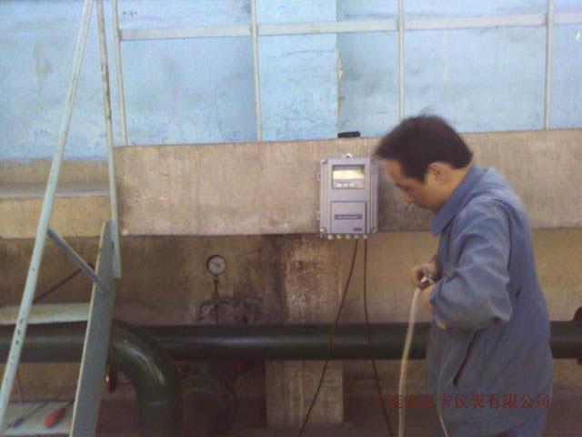 壁挂式超声波流量计安装